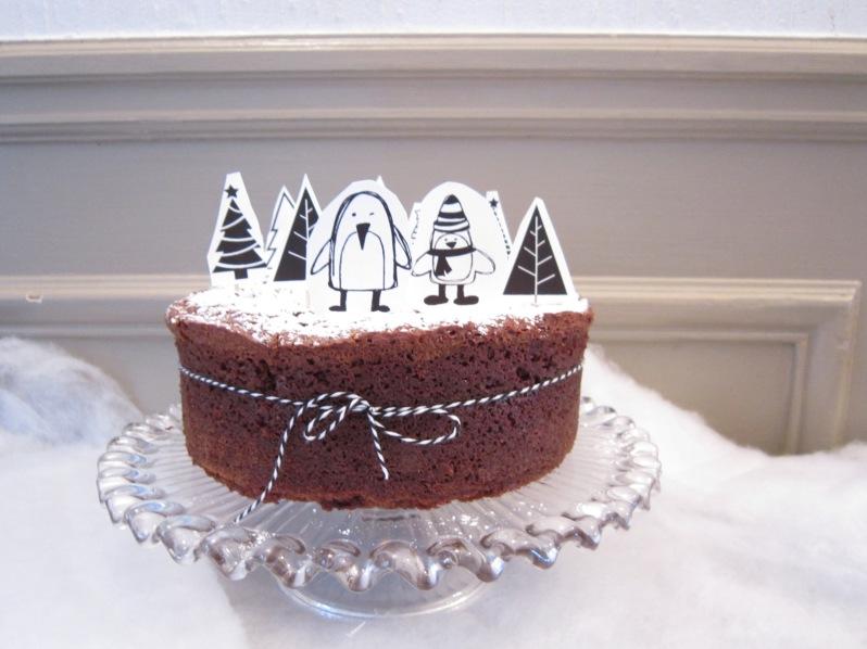 Gâteau au chocolat inratable et sa forêt de Noël à imprimer!