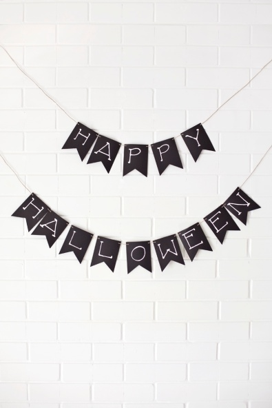DIY black and white Halloween party