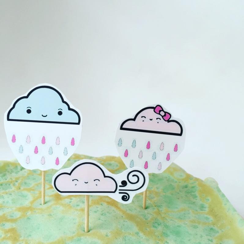 Des crêpes arc-en-ciel et des toppers nuages à imprimer!
