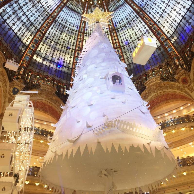 Un noël extra polaire aux Galerie Lafayette ! Moma le blog