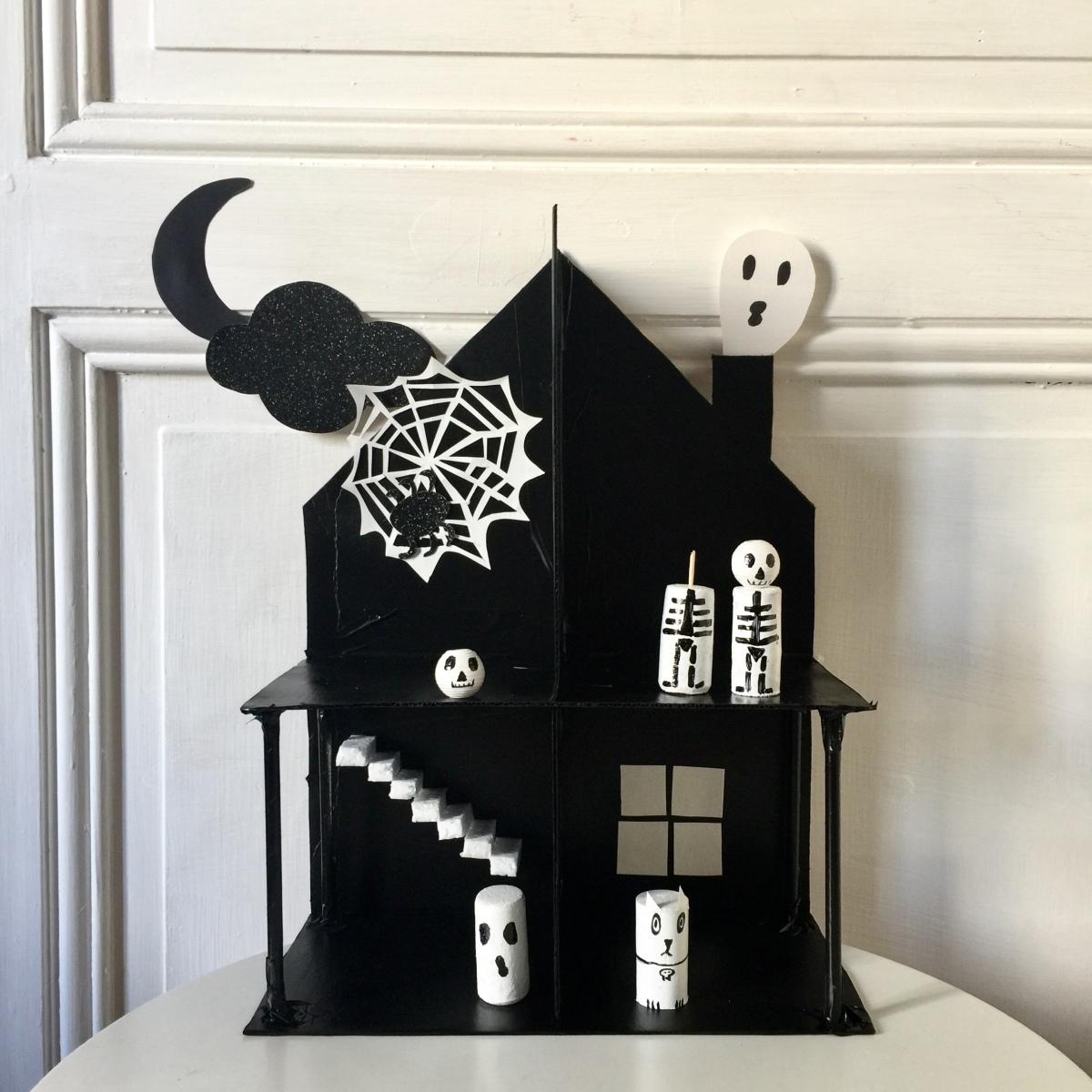{DIY} La maison hantée !